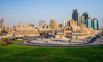 central-souq-in-sharjah-city-tour