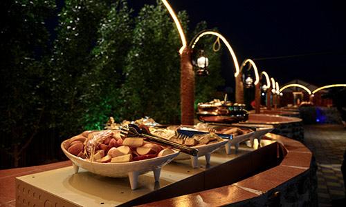 food-in-dubai-desert-camp