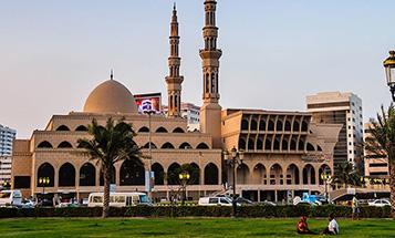 king-faisal-mosque-sharjah-city-tour
